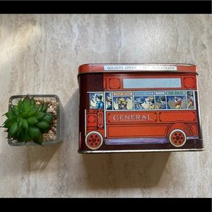 GENERAL BUS #48 Tin Can